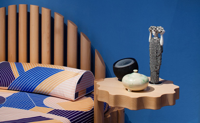 Фестиваль мебели Friends + Design: оригинальный прикроватный столик