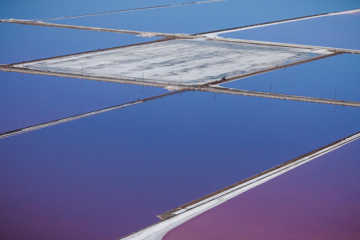 Яркая фотография солёных водоёмов от Julieanne Kost