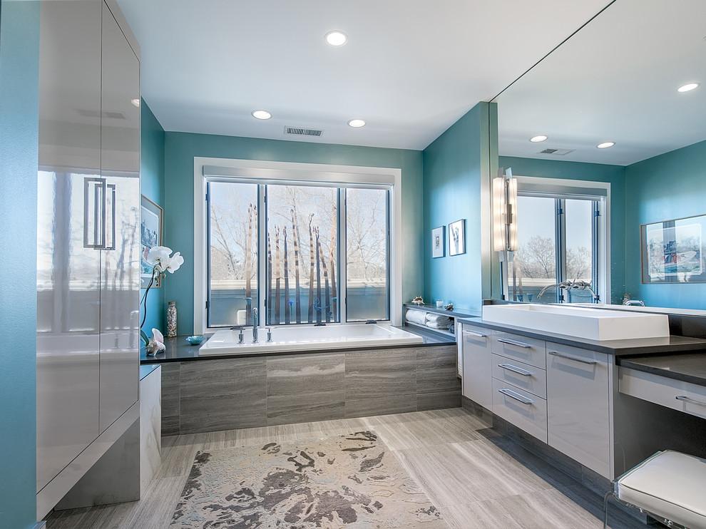 Ванная комната в голубом цвете