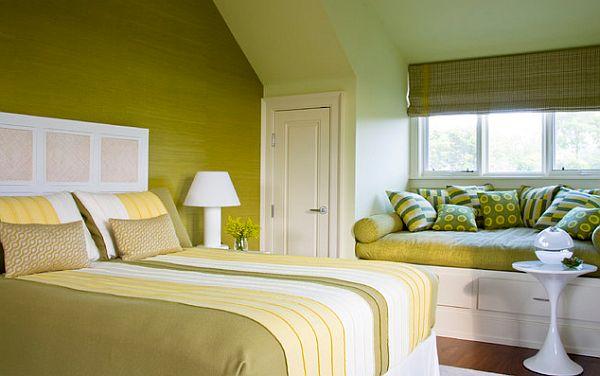 Интерьер спальни в оливковом цвете