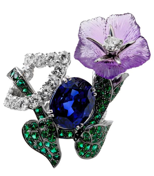 Великолепное кольцо Mysterious с драгоценными камнями