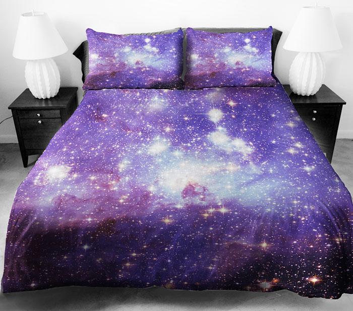 Замечательное постельное белье с космосом