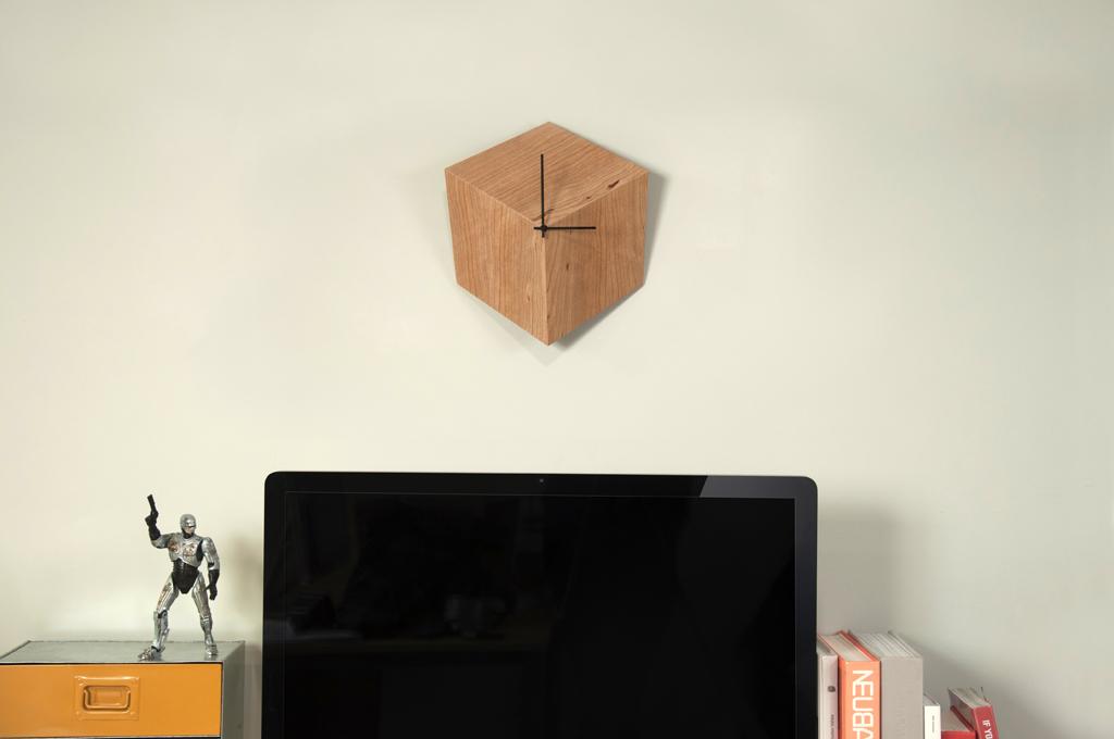 Замечательные настенные часы 3P из дерева