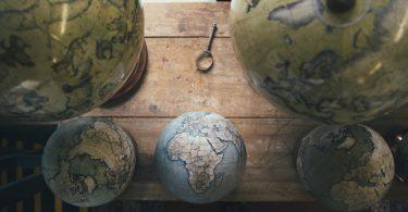 Студии Bellerby & Co: глобусы ручной работы для эксклюзивного подарка, науки и украшения интерьера