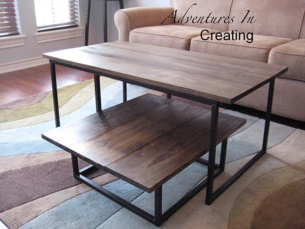 Уникальный журнальный столик в дизайне интерьера