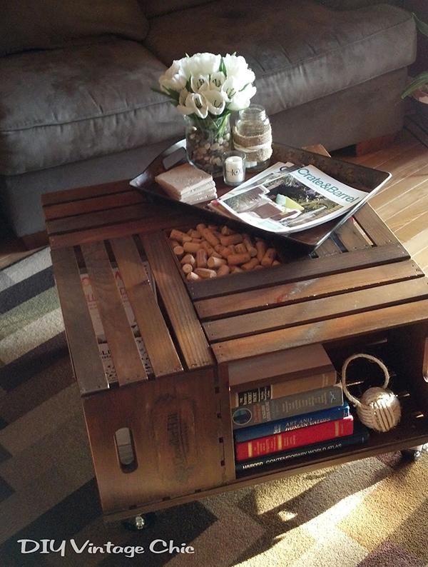 Прекрасный журнальный столик в дизайне интерьера