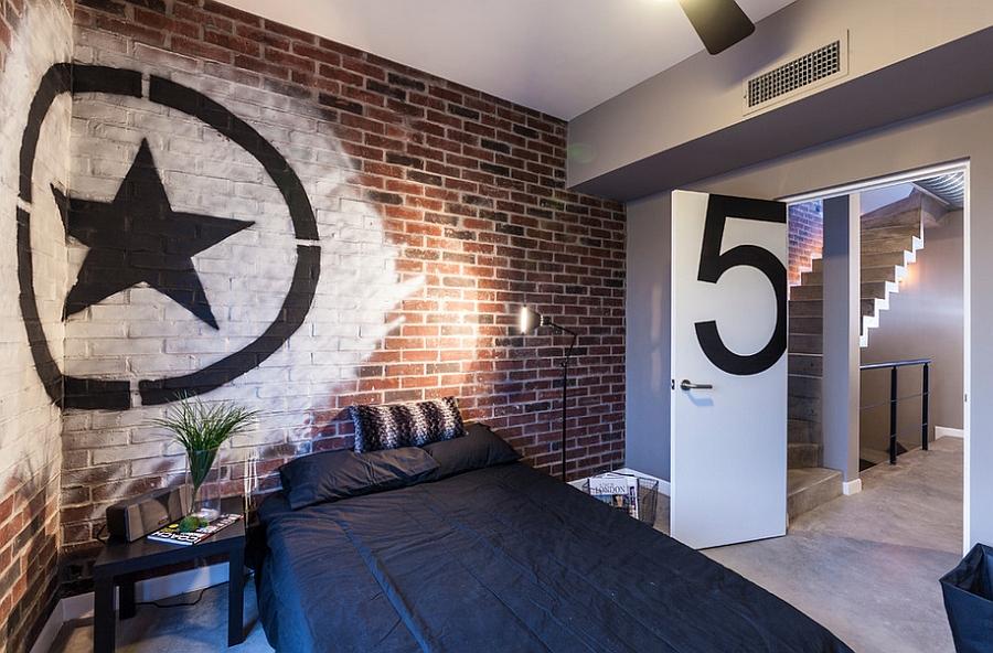 Чудесные граффити на стене комнаты