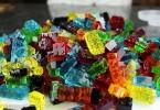 Съедобно, красиво и смешно: желейные конфеты в виде кубиков Lego от Гранта Томпсона