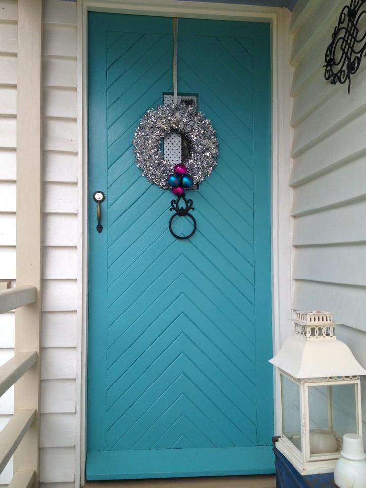 как украсить входную дверь своими руками фото
