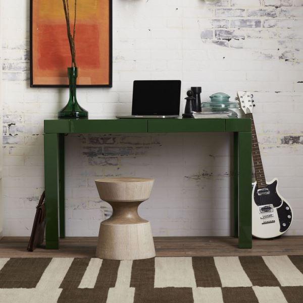 Зелёный письменный стол