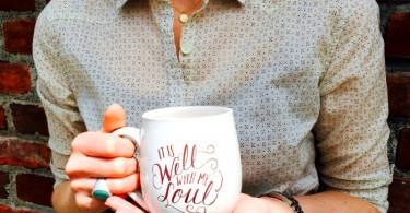 Кофейная кружка с ручной росписью от Valerie McKeehan