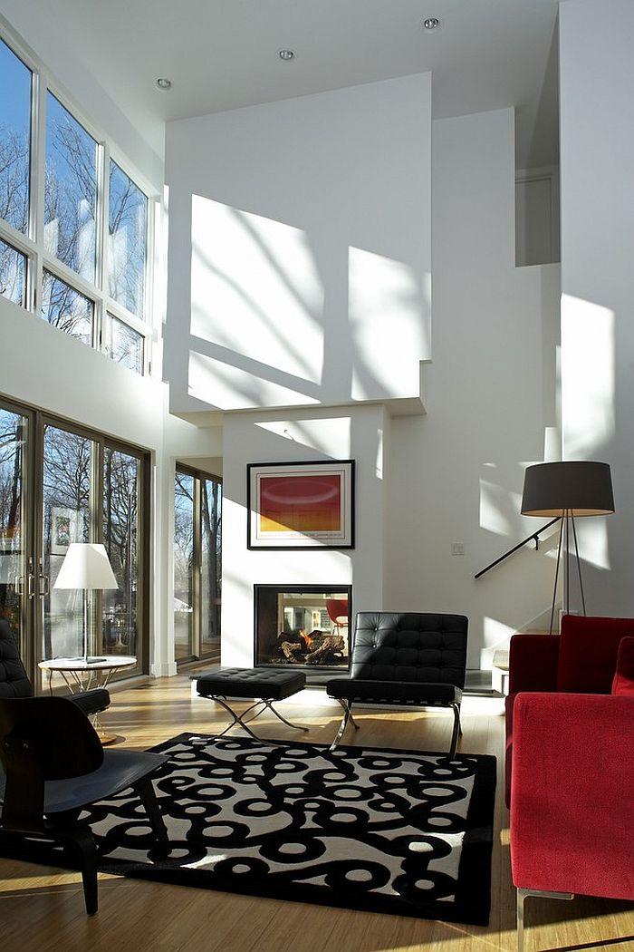 Великолепный дизайн интерьера комнаты с высоким потолком