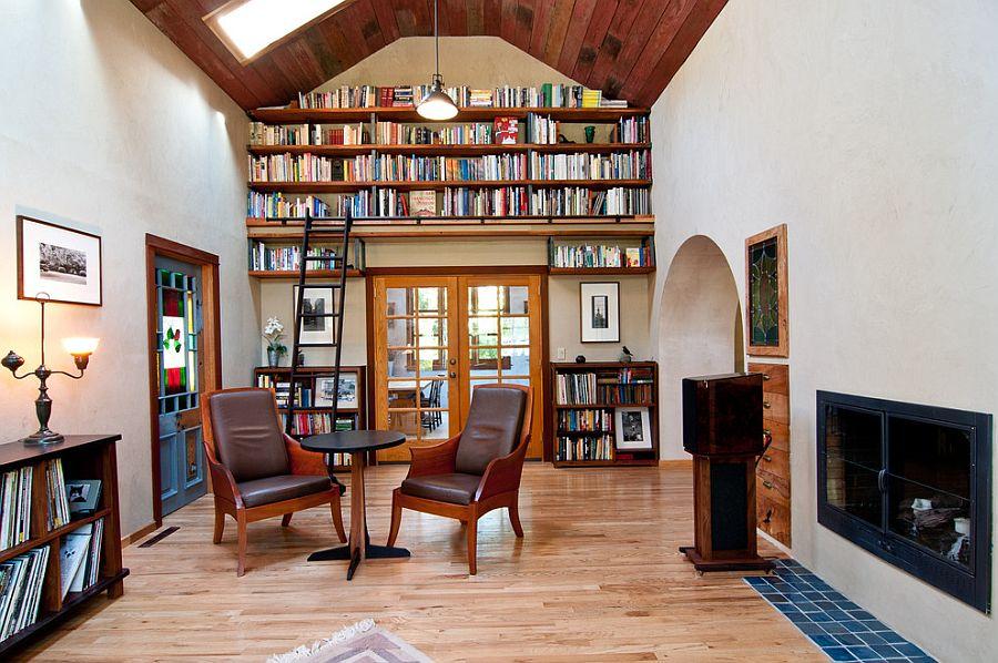 Восххитительный дизайн интерьера комнаты с высоким потолком