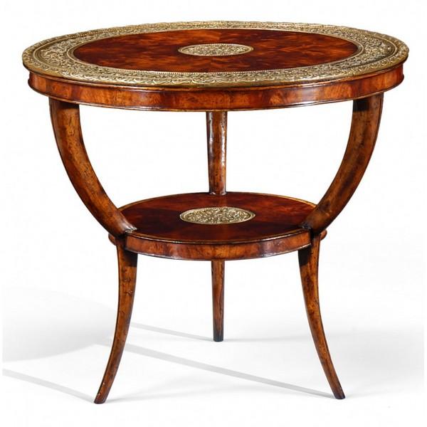 Фигурный столик в стиле «ампир»