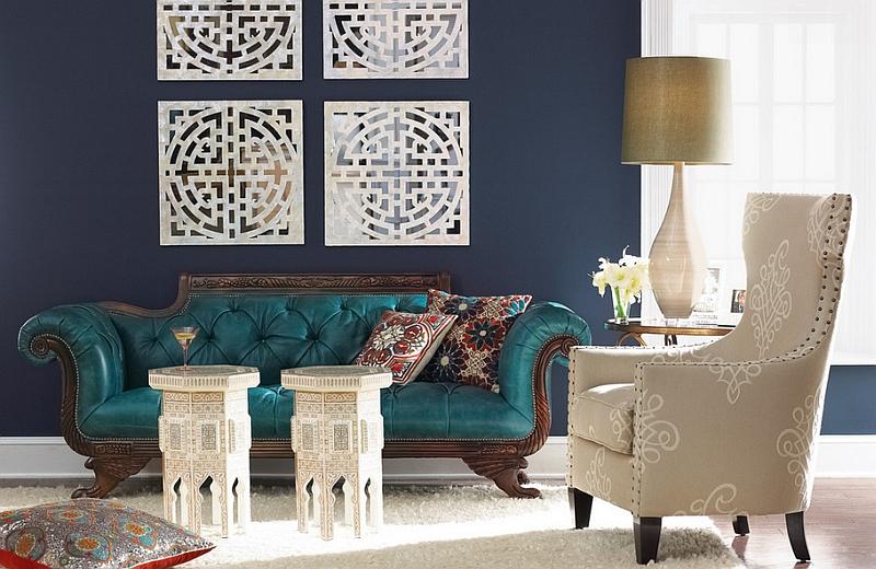 Синий кожаный диван