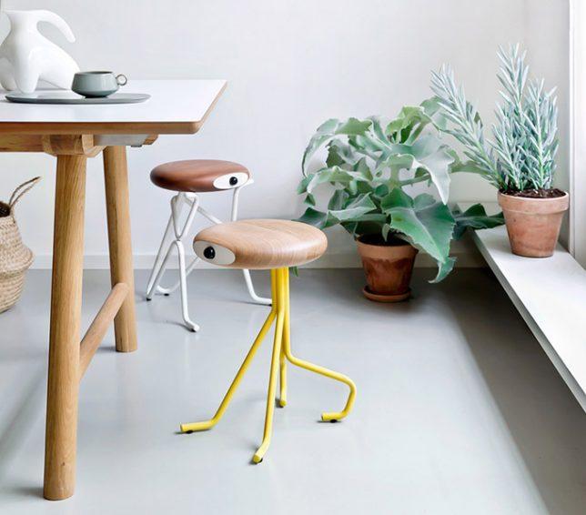 Дизайн образной мебели: стулья для двух человек