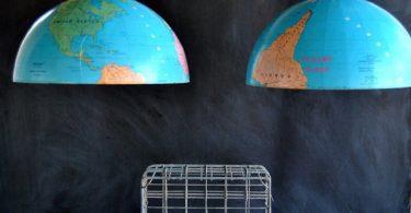 Интересные идеи для сломаных вещей: люстра из глобуса