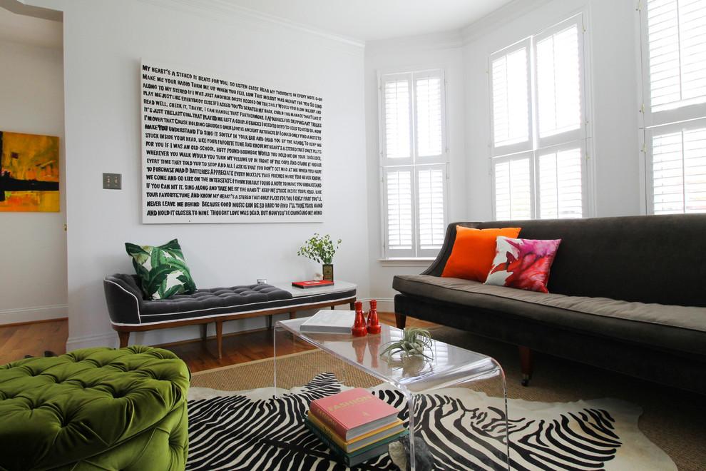 Идеи для вашего дома своими руками: необычная графика на стене
