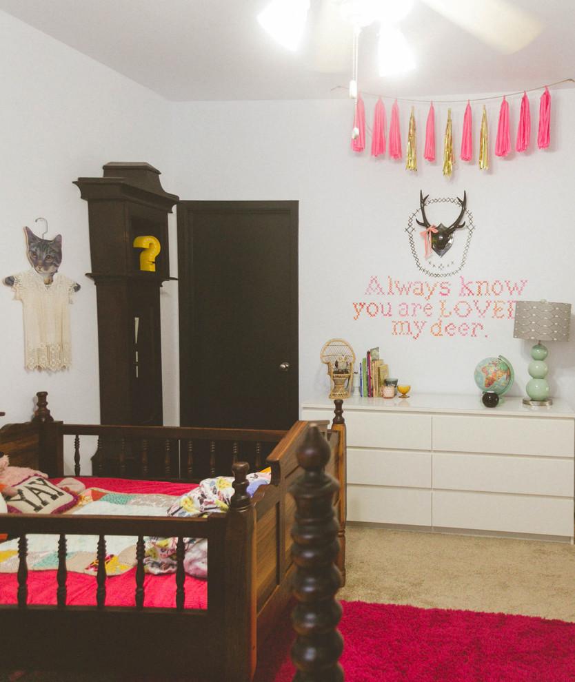 Идеи для вашего дома своими руками: настенный декор в виде вышивки крестиком
