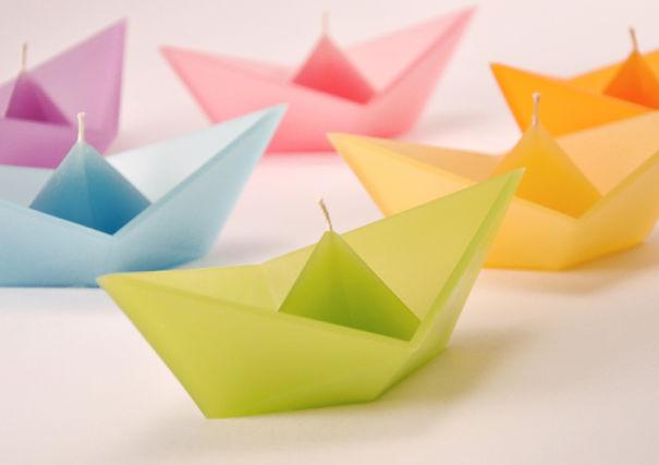 Свечи в форме кораблей оригами