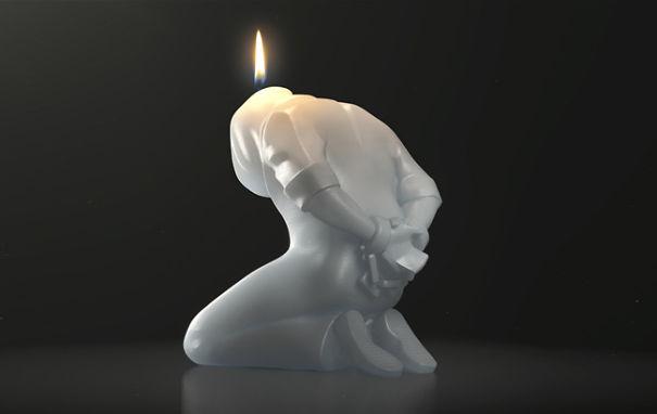Свеча в форме заключённого