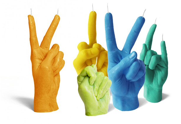 Свечи в форме жестов
