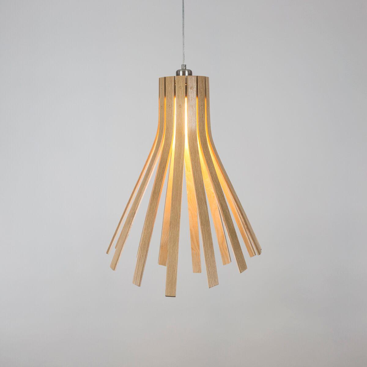 Подвесные светильники из дерева с минимум украшений - фото 1