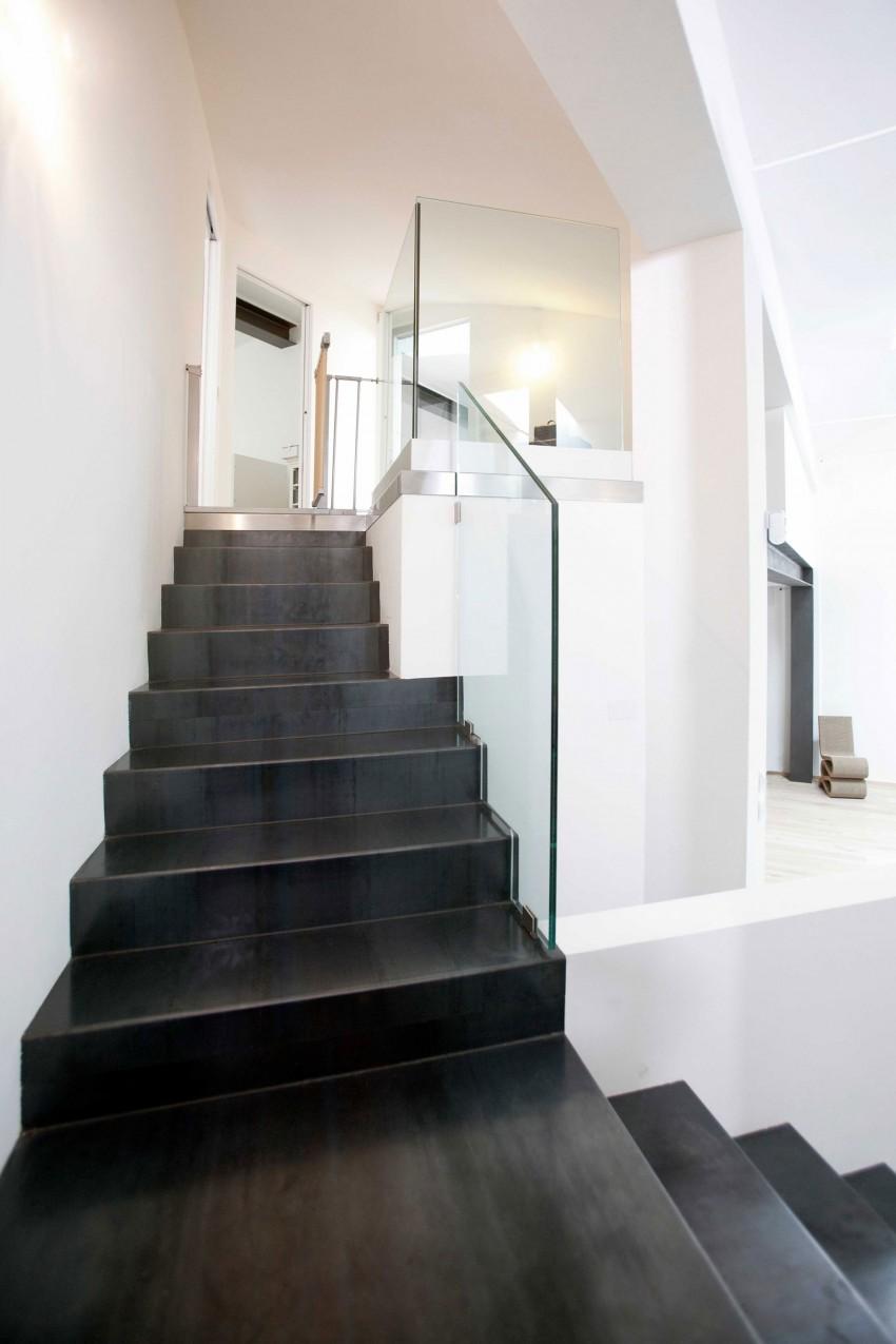 Прозрачные перила лестницы