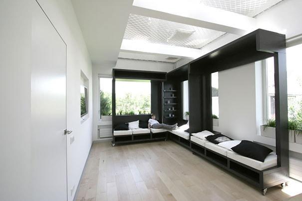 Шикарный угловой диван в разобранном виде