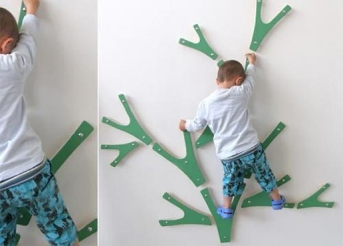 We will climb trees without leaving home: the original project of the Swedish wall Indoor Climbing Tree