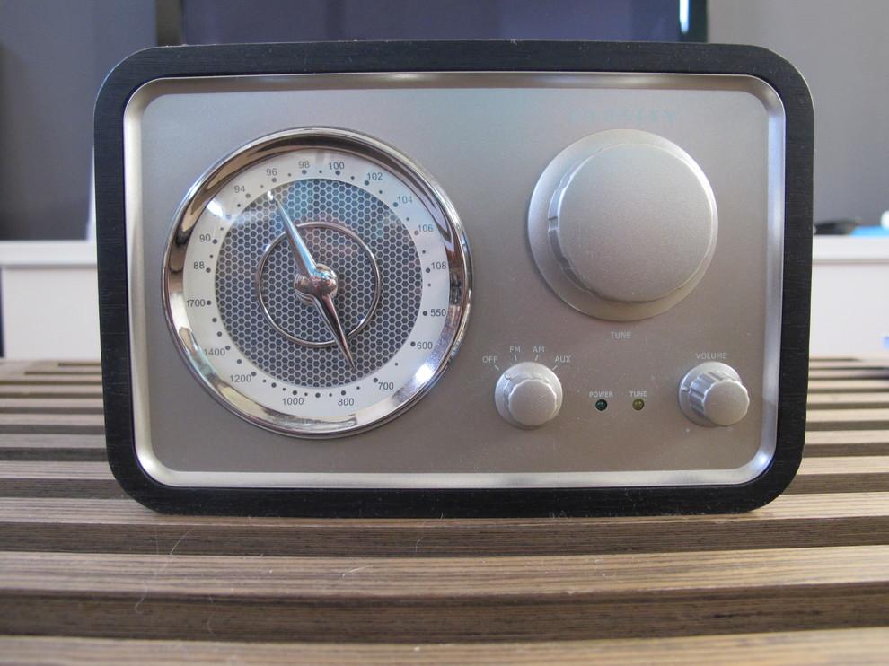 Радиоприемник ретро дизайн