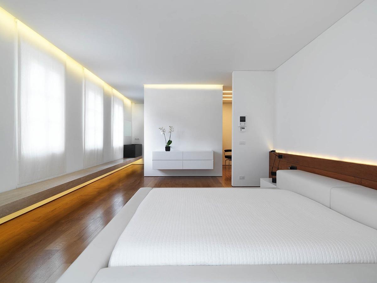 Чудное оформление интерьера помещения в стиле минимализм