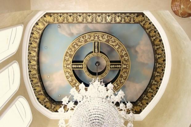 Умопомрачительный дизайн интерьера помещения в стиле ренессанс