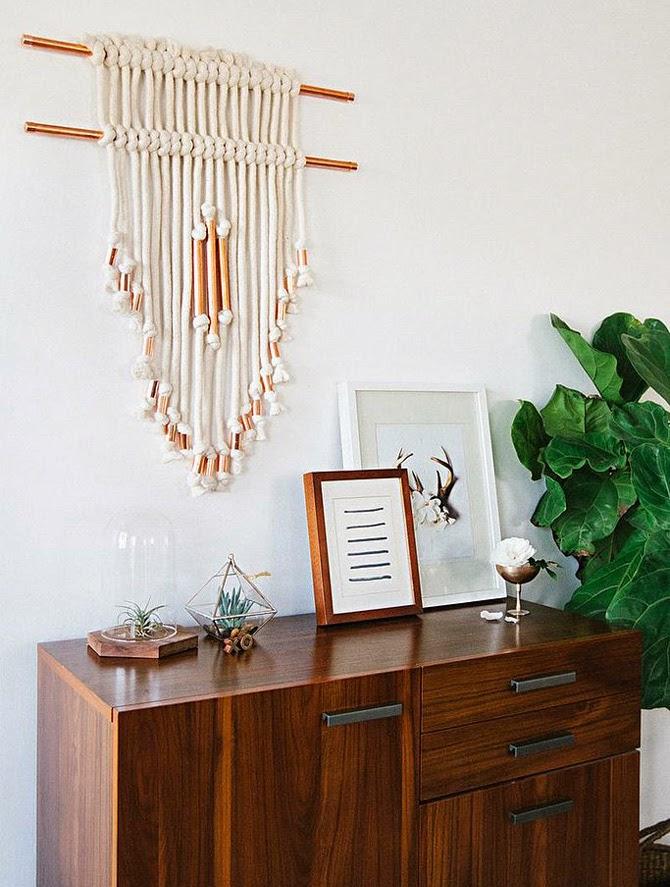 Плетеное панно на стене