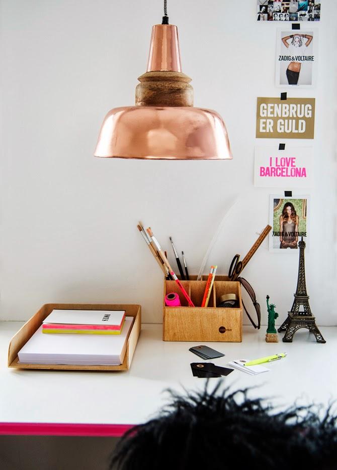 Подвесная лампа из меди