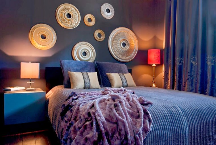 Вельветовые покрывало и подушки