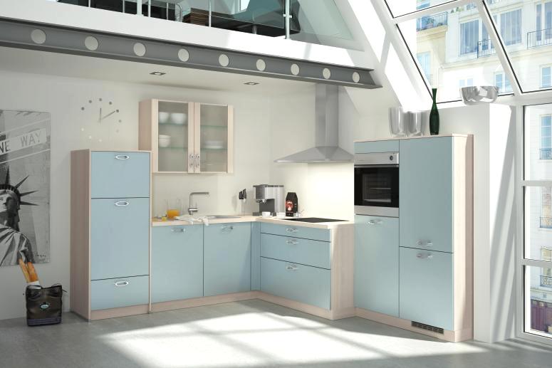 Футуристические механизированные шкафы в светло-голубой гамме