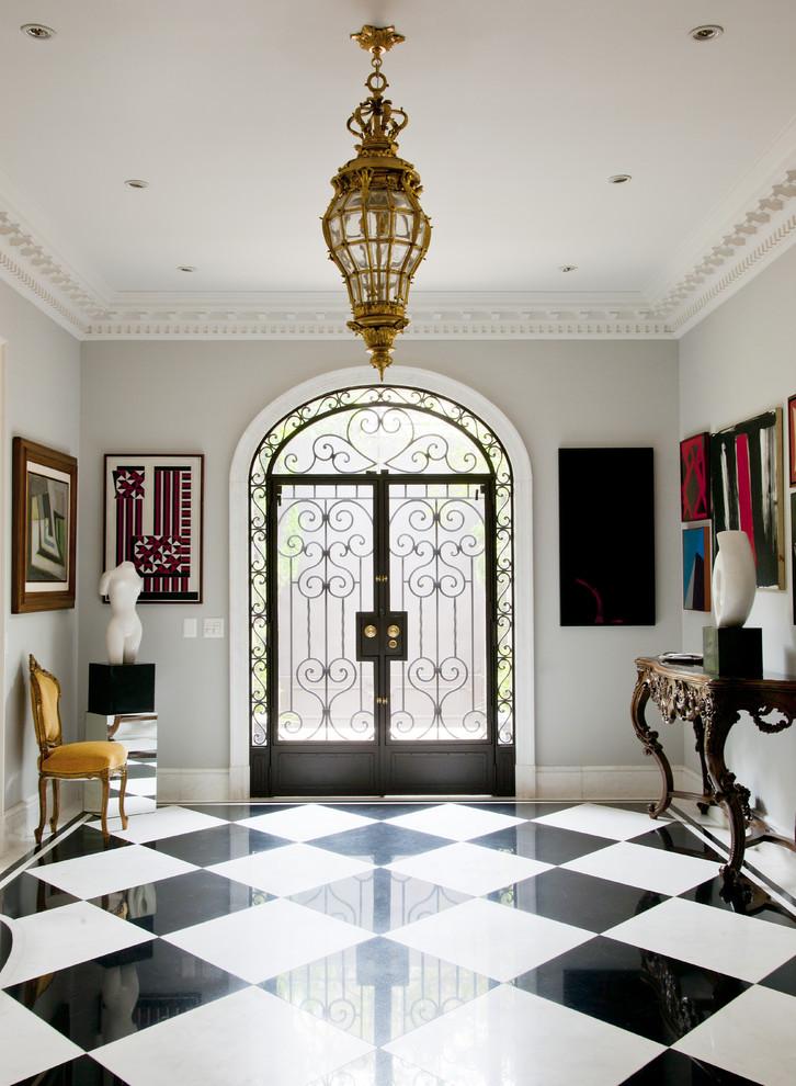 Потрясающий интерьер домов в стиле барокко - шахматный пол