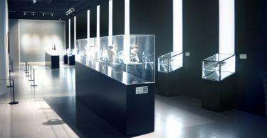 Интерьер выставки, посвящённой творчесву Пикассо