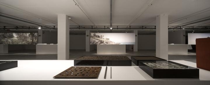 Современный интерьер выставочного зала - Фото 2