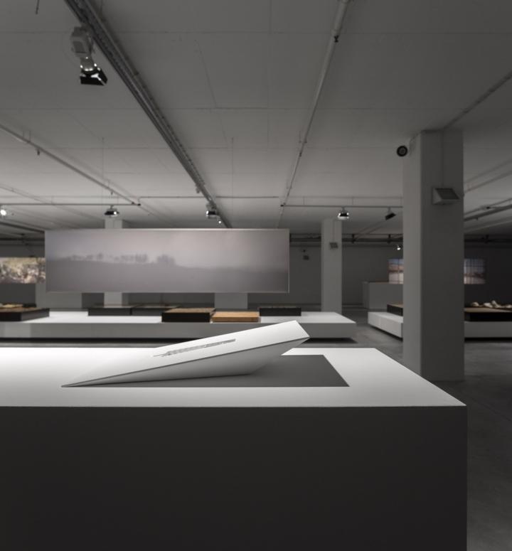 Современный интерьер выставочного зала - Фото 6