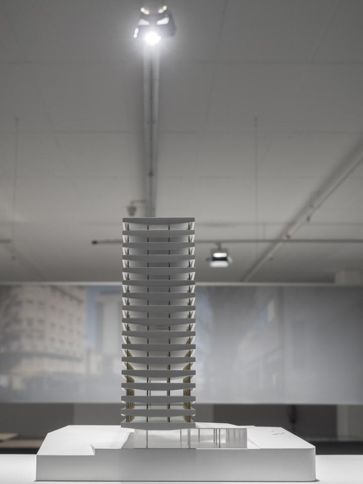 Современный интерьер выставочного зала - Фото 16