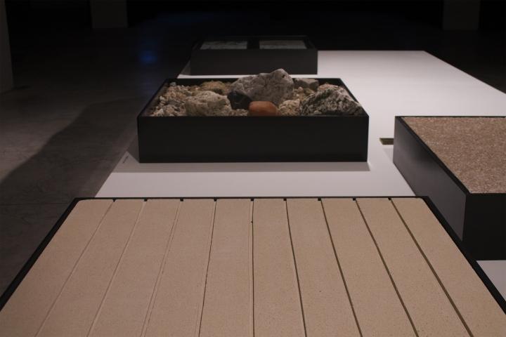 Современный интерьер выставочного зала - Фото 33
