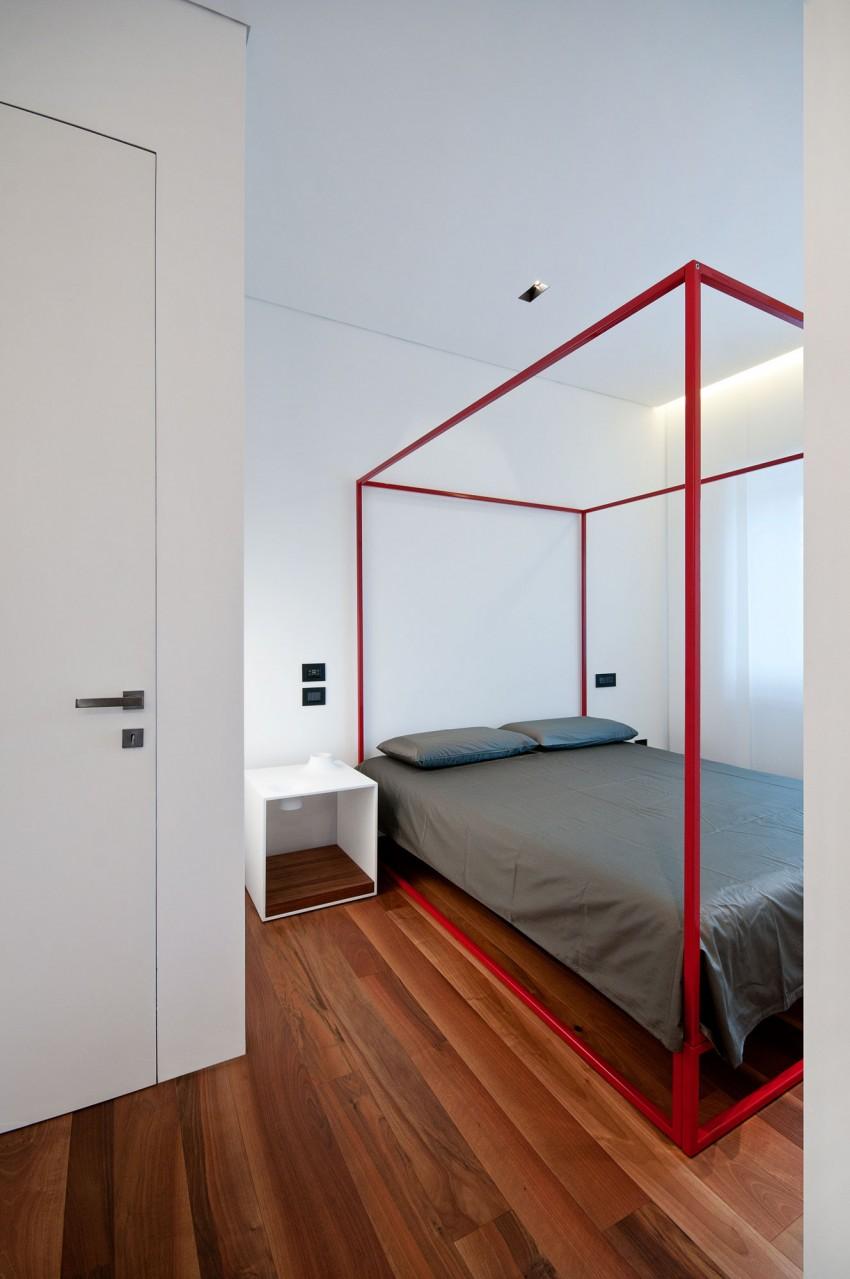 Спальня Железного дома в минималистичном стиле, Италия