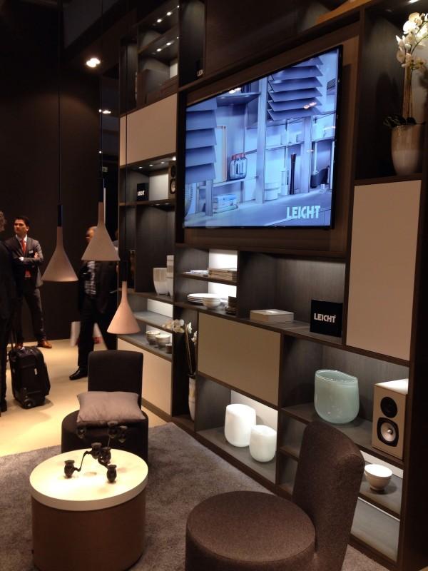 Гарнитур для гостиной на выставке мебели в Милане