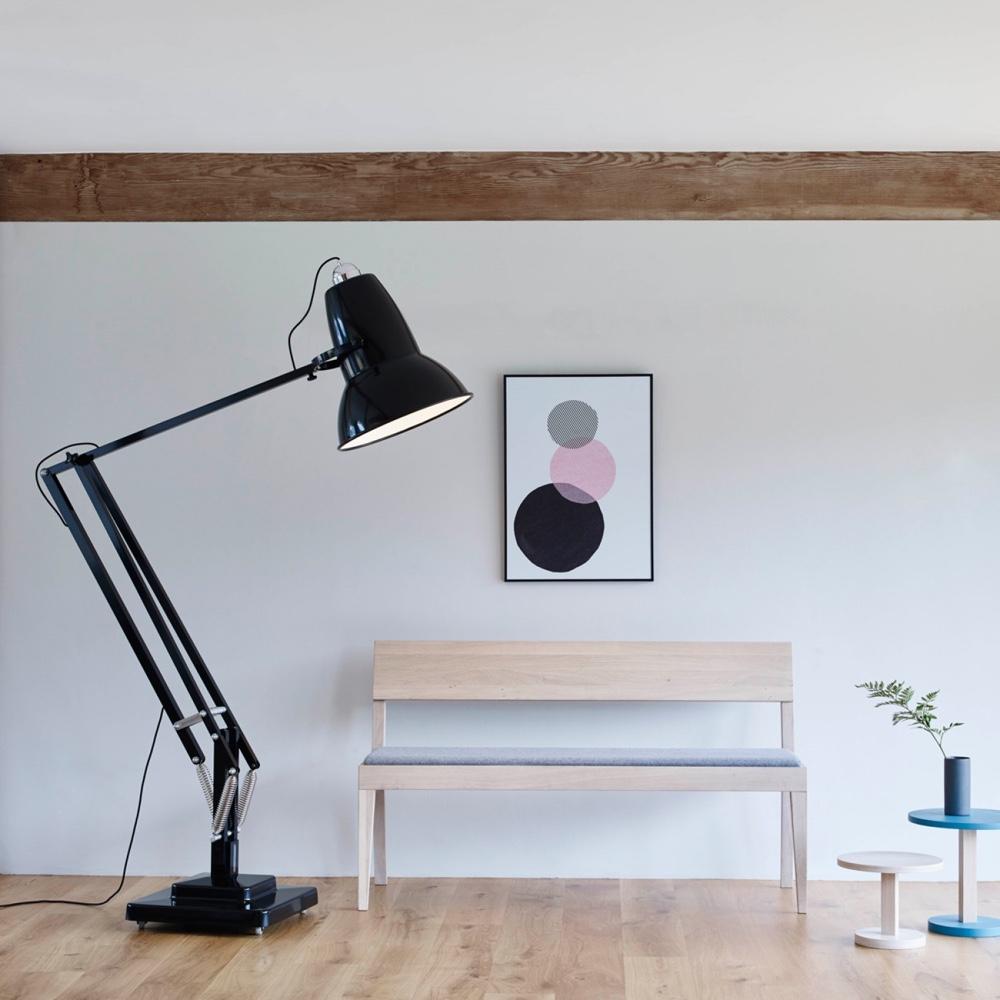 Дизайн известной настольной лампы Anglepoise