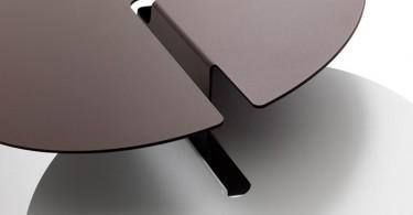 Изящный Abra table от Neuland Industriedesign