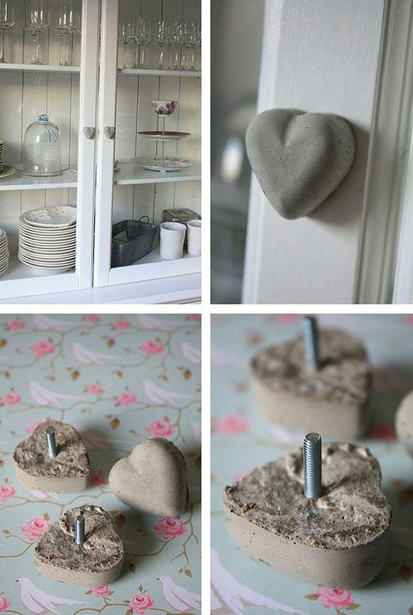 Ручки в форме сердца из бетона