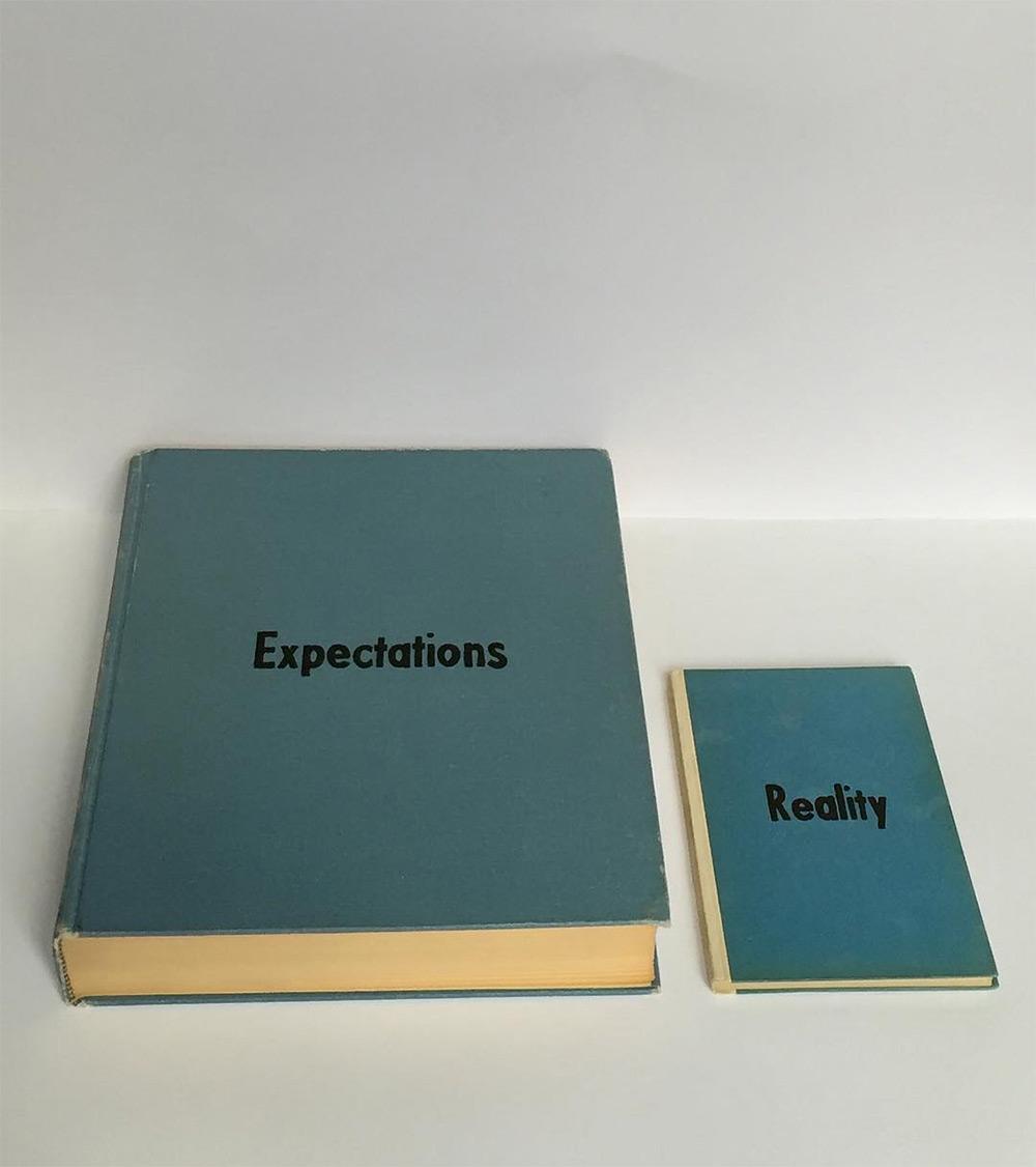 Привлекательные заголовки вымышленных книг Йохана Декманна