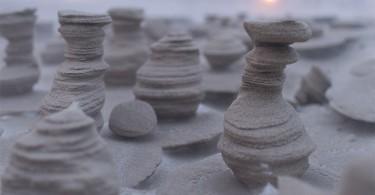 Снято фотографом Джошуа Новицким: причудливые фигуры из песка на берегу озера Мичиган